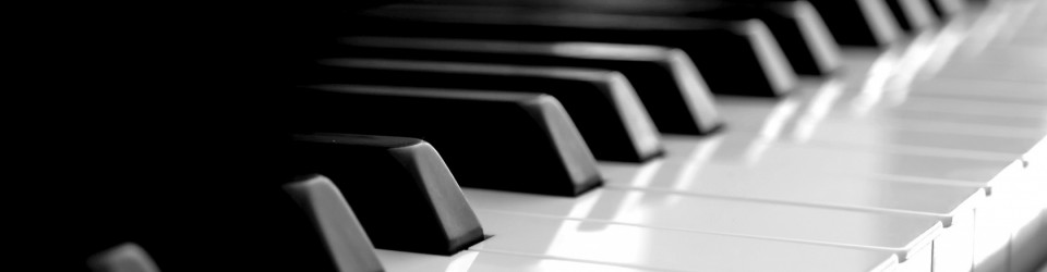 piano-keyboard-wallpaper